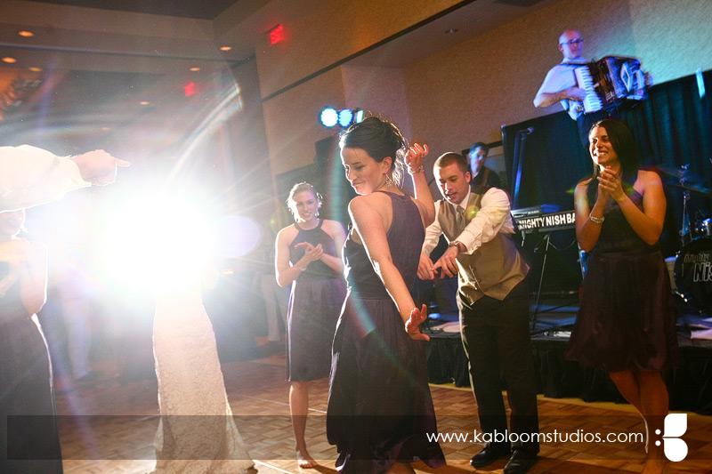 Emejing Wedding Reception Dance Music Images - Styles & Ideas 2018 ...